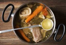 The Six Good Reasons to Make Bone Broth for Your Dog